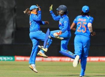 உலகக் கோப்பை இறுதிப் போட்டியில் இந்தியா... மகளிர் கிரிக்கெட் அணி அசத்தல்!