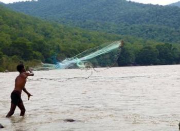 காவிரி ஆறு... கரை முதல் கடல் வரை விஷமாக்கிய தமிழக அரசு நிறுவனம்! #SaveCauvery #SaveEnnoreCreek #VikatanExclusive