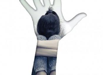 SHE Box மட்டுமே பாலியல் சீண்டல்களை நிறுத்திவிடுமா? பெண்ணியவாதிகள் காட்டம்! #StopWomenHarassment