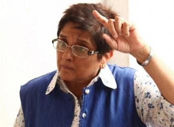 'மாஃபியாக்களின் முதுகெலும்புகள் உடைக்கப்பட்டிருக்கின்றன'- கிரண்பேடி அதிரடி