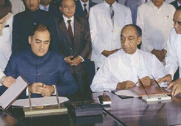 ராஜிவ்காந்தி மற்றும் ஜெயவர்த்தனே