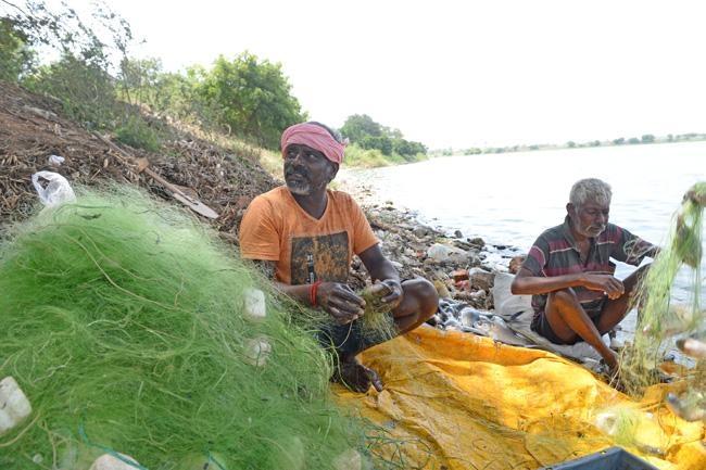கோவை சிங்காநல்லூர் ஏரி மீனவர்கள்