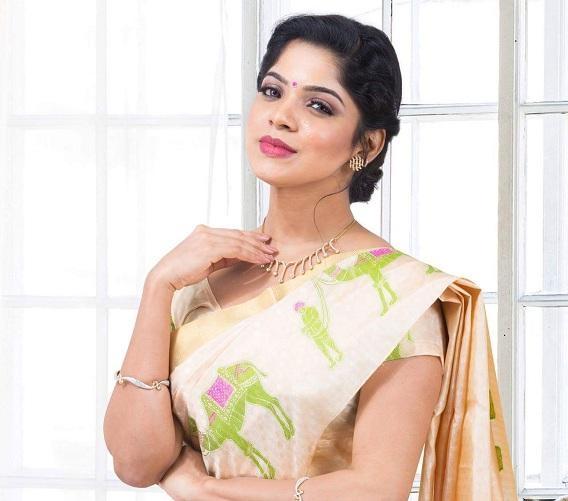 திவ்யபாரதி