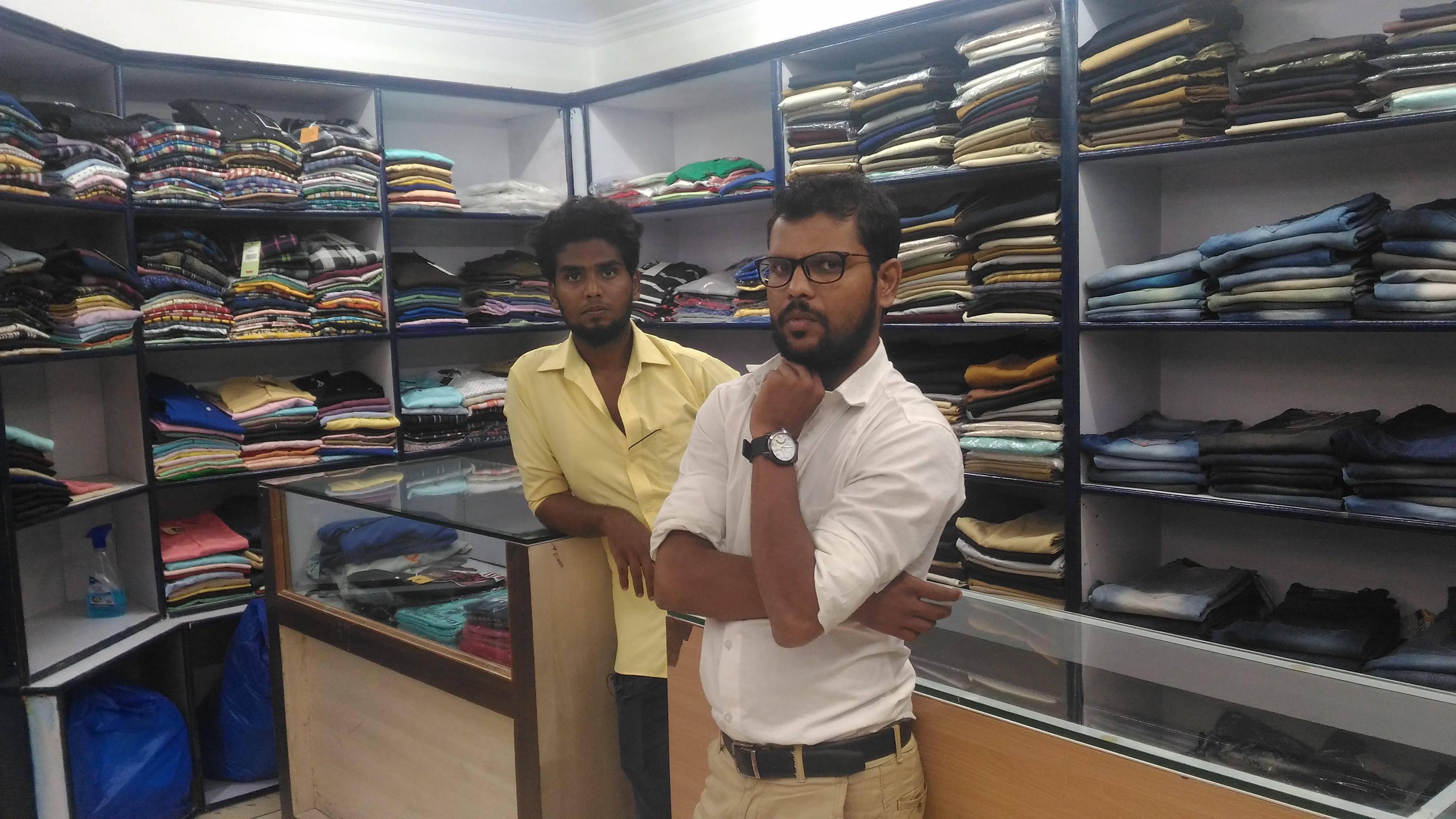Amjath at spencer shop