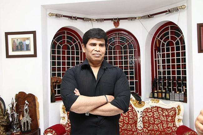 நடிகர் ஆனந்தராஜ்