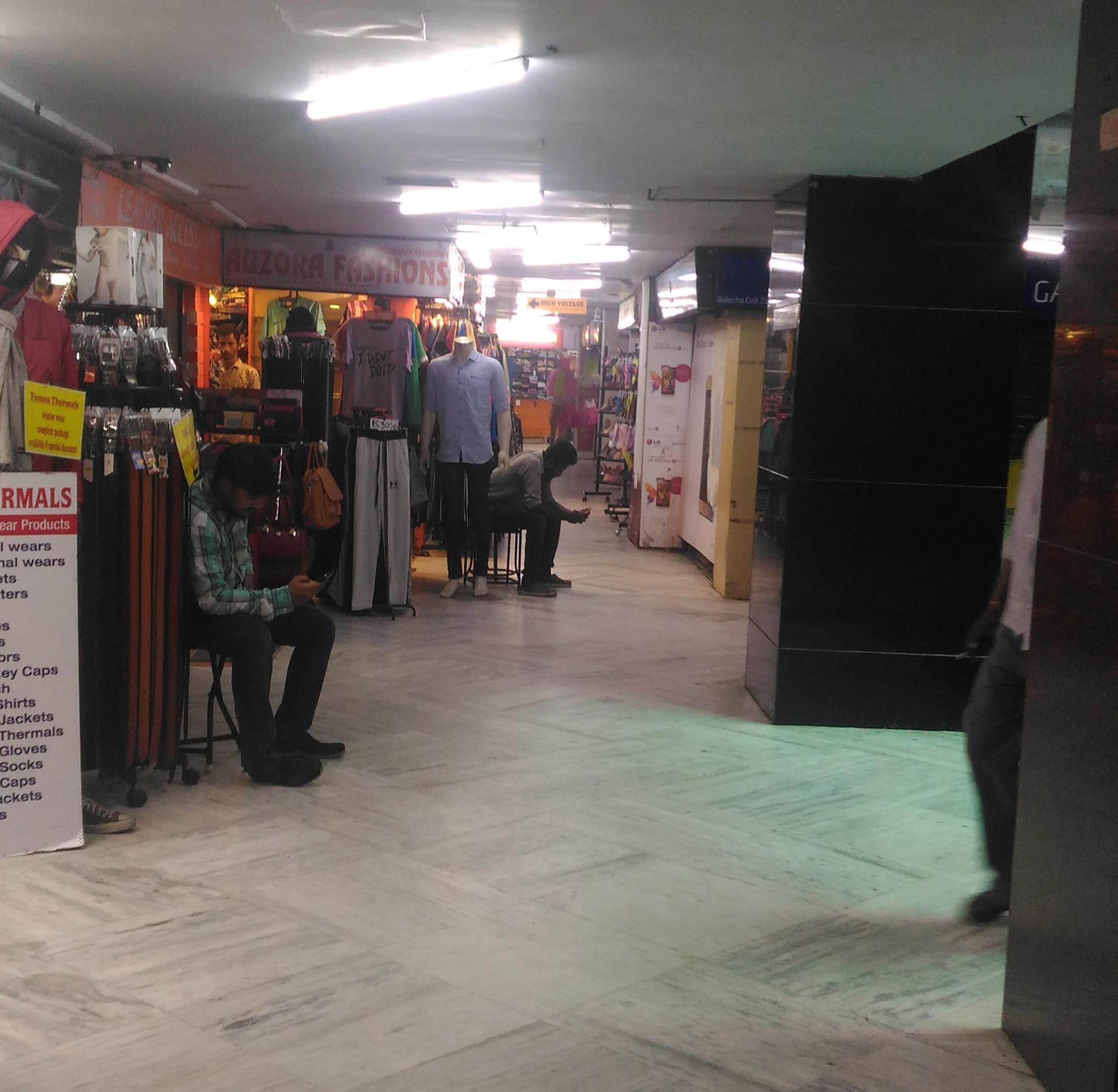 spencer plaza inside situation