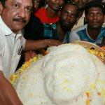 உலக வரலாற்றில் முதன்முறையாக 57 கிலோ அஜித் இட்லி!