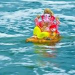 அவ்வையாரை தும்பிக்கையால் தூக்கி கைலாஸத்தில் விட்ட விநாயகர்!