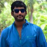 டி.டி.வி.தினகரன் - விஷால் திடீர் சந்திப்பு!