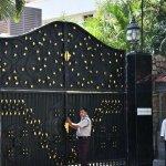 'போயஸ் கார்டன் பக்கம் வரக்கூடாது!'  - தீபாவை எச்சரிக்கும் உளவுத்துறை #VikatanExclusive