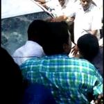 மாணவிகளுக்கு பாலியல் தொந்தரவு கொடுத்த கல்லூரி முதல்வருக்கு தர்ம அடி