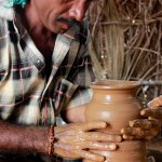 'அரசாங்கமும் உதவல; சங்கமும் உதவல'- குமுறும் மண்பானைத் தொழிலாளர்!