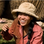 20 வருடங்களில் 200 யானைகளைக் காப்பாற்றிய தேவதை..!