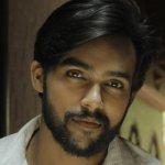 ஆரவ் நடித்திருக்கும் 'மீண்டும் வா அருகில் வா' படத்தின் டீசர்..!