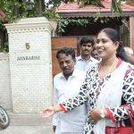 டி.டி.வி.தினகரனுடன் காங்கிரஸ் எம்.எல்.ஏ விஜயதரணி திடீர் சந்திப்பு!