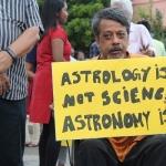 """""""அறிவியல் ஆதாரமற்ற விஷயங்களை அரசு பரப்பக்கூடாது..!"""" - #IndiaMarchForScience பேரணியில் கோரிக்கை"""