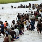 நேபாளத்தில் கடும் வெள்ளப்பெருக்கு..! இந்திய சுற்றுலா பயணிகள் 200 பேர் தவிப்பு