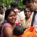 கோரக்பூர் சம்பவம் : டாக்டர் கஃபீல்கானை குறிவைக்கிறதா உ.பி அரசு?