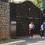 ஜெ-வின் போயஸ் கார்டன் இல்லத்தை நினைவிடமாக்கும் பணிகளைத் தொடங்கியது தமிழக அரசு!