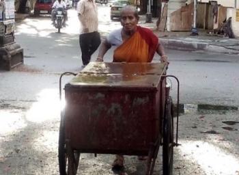 ''சாகுற வரைக்கும் என் உழைப்புல வயிறு நிறையணும்!'' - 78 வயது வைராக்கிய பால்காரம்மா