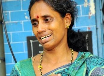 'என் கணவர், பன்னீர்செல்வத்துடன் போட்டோ எடுக்கவே வந்தார்..!' கைதான சோலைராஜனின் மனைவி கண்ணீர்
