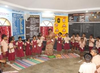 """""""மாணவர்களின் மகிழ்ச்சியே சிறந்த கல்வியைக் கொடுக்கும்"""" - குளிர்சாதன வசதியுடன் ஓர் அரசுப் பள்ளி! #CelebrateGovtSchools"""