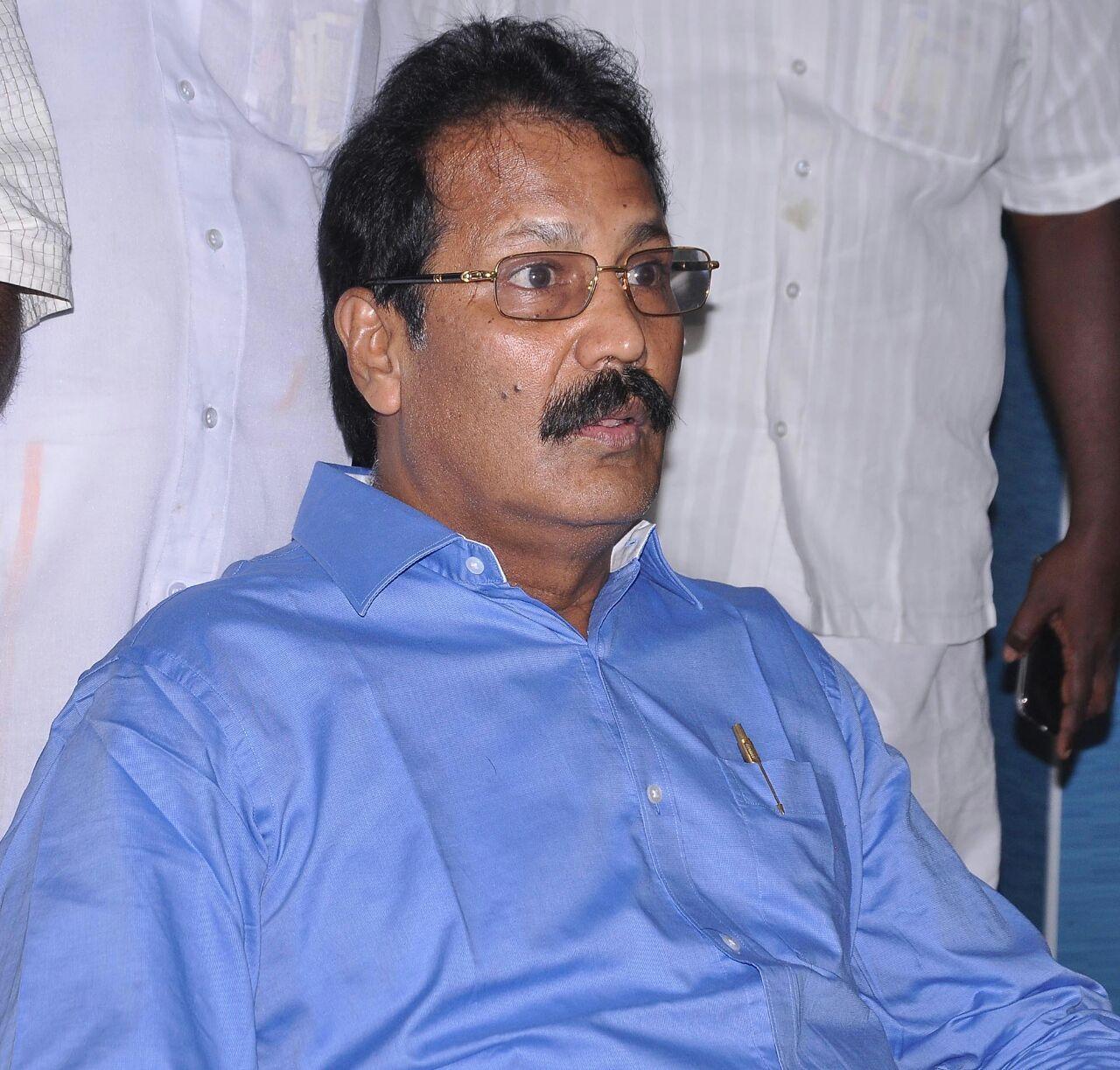 டாக்டர்கிருஷ்ணசாமி