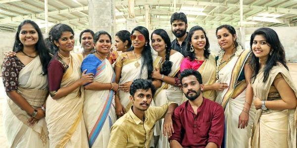 Lady Kerala Teacher got famous through her JIMIKKI KAMMAL - More VIDEO and PHOTOS inside