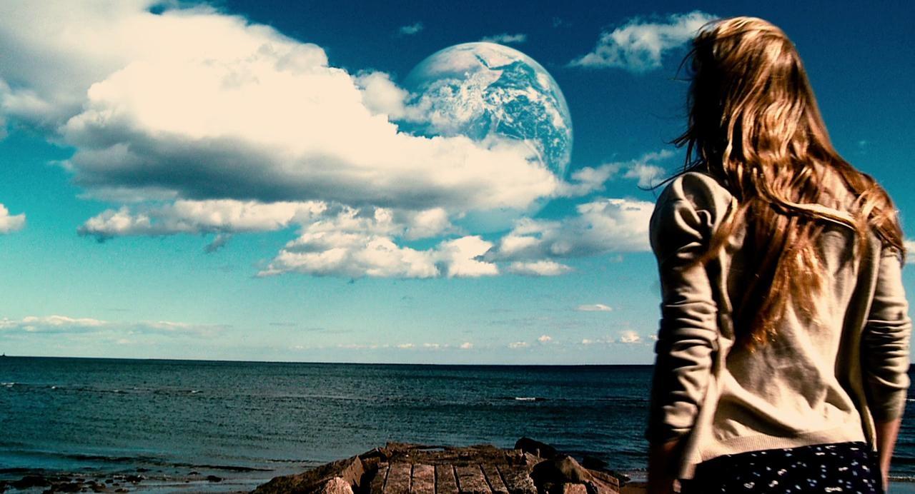 ஹாலிவுட் சயின்ஸ் ஃபிக்ஷன் - Another Earth (2011)