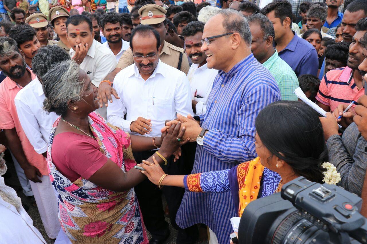 தனுஷ்கோடி பகுதியில் நீதிபதிகள் ஆய்வு