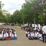மருத்துவக் கல்லூரி மாணவரை அறைந்த எஸ்.ஐ-க்கு எதிராக வெடித்த போராட்டம்!