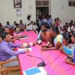 'படிக்க இடம் கொடுங்கள்!' - அரசுப் போட்டித்தேர்வு எழுதும் மாணவர்கள் கோரிக்கை