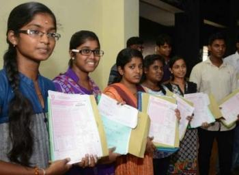 ஐந்து அரசுப் பள்ளி மாணவர்களுக்கு மட்டுமே மருத்துவம் படிக்க வாய்ப்பு..! அதிர்ச்சித் தகவல் #VikatanExclusive