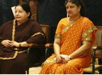 """""""நம்பி மோசம் போய்விட்டேன்!"""" -கொந்தளிக்கும் சசிகலா#VikatanExclusive"""