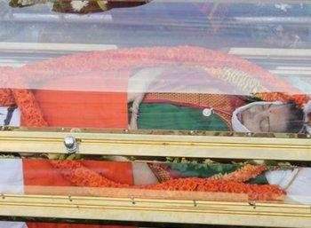 ஜெயலலிதா மரணத்தில் இன்னும் விலகாத 16 மர்மங்கள்!