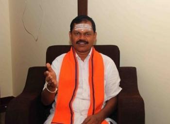 'இயக்குநர் கௌதமனை கைதுசெய்ய வேண்டும்!'- அர்ஜுன் சம்பத்