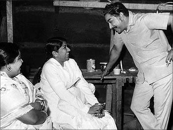 சிவாஜியுடன் லதா மங்கேஷ்கர்