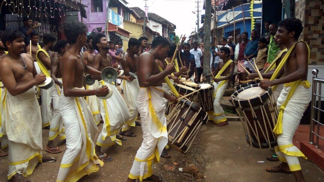 சிங்காரி மேளக் குழு