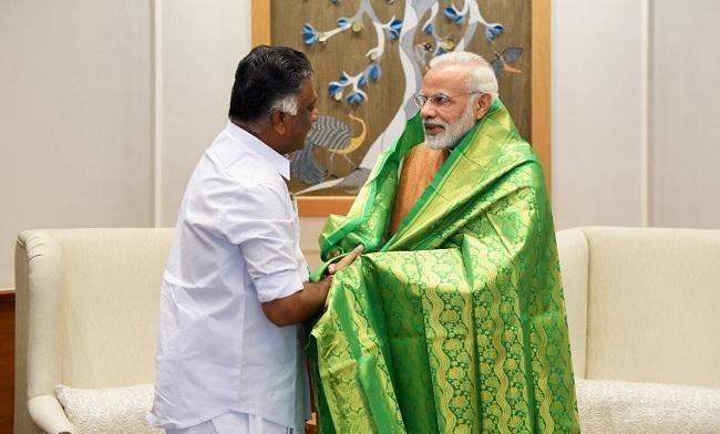 பிரதமர் மோடி, ஓ.பி.எஸ். சந்திப்பு
