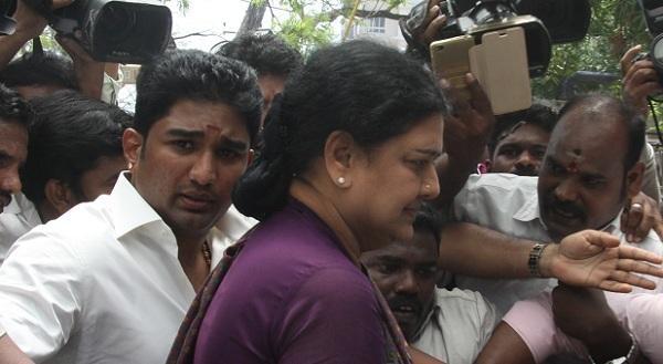 விவேக், சசிகலா