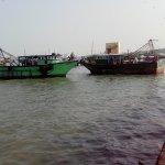 தமிழக மீனவர்கள் 10 பேர் சிறைபிடிப்பு