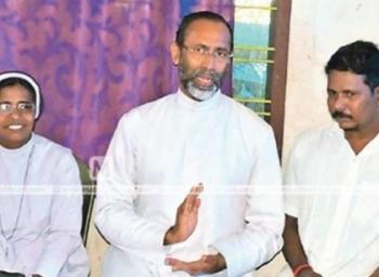 கன்னியாஸ்திரியாகி 25 ஆண்டுகள்...சிறுநீரகத்தை தானம்செய்த சகோதரி!