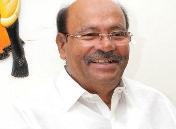 ''பெட்ரோல், டீசல் மீதான வரிகளை மத்திய - மாநில அரசுகள் குறைக்க வேண்டும்!'' - ராமதாஸ் கோரிக்கை!