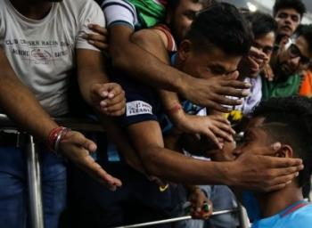 இவையெல்லாம் நடந்தால், இந்தியா அடுத்த சுற்றுக்கு முன்னேறும்!  #BackTheBlue #FIFAU17WC