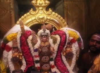 கந்தசஷ்டிக்காக களைகட்டும் சிக்கல் சிங்காரவேலர் ஆலயம்!