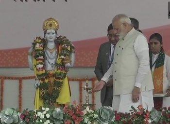 'அனைத்து மாவட்டத்திலும் ஆயுர்வேத மருத்துவமனை!' - மோடியின் புதிய பிளான்