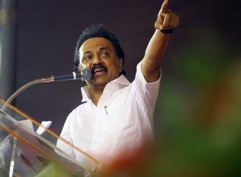 அவர் ஒரு `சூப்பர் முதலமைச்சர்': ஜெயக்குமாரை வறுத்தெடுத்த மு.க.ஸ்டாலின்