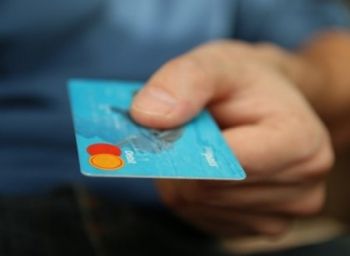 டிஜிட்டல் பரிவர்த்தனைகளுக்கு புதிய வரி விதிக்கப்படுமா?! #DigitalCess