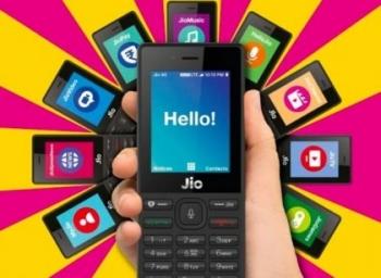 டிவி-யில் மொபைல் வீடியோக்கள்... பணப் பரிமாற்றம்... கைக்கு வந்தது ஜியோ மொபைல்! #JioMobile