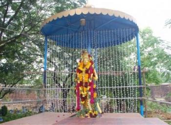 தஞ்சை பெரிய கோயிலுக்கும் தலையாட்டி பொம்மைக்கும் என்ன தொடர்பு? #TanjoreSadhayaVizha